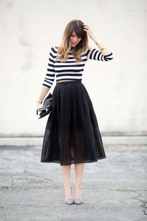 Cách mix chân váy tutu áo thun