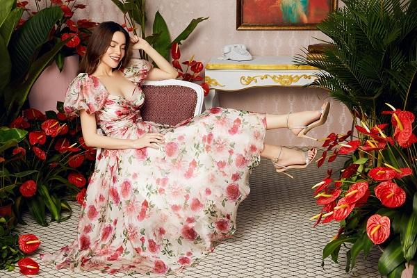Hồ Ngọc Hà dịu dàng trong váy tơ voan hoa thược dược của Neva.