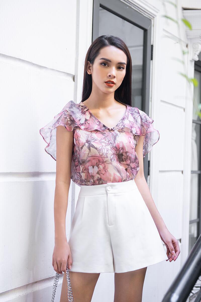 Cách mặc đồ cho người vai rộng như ly sinh tố dâu tây nhiệt đới giải nhiệt cho ngày hè nắng nóng