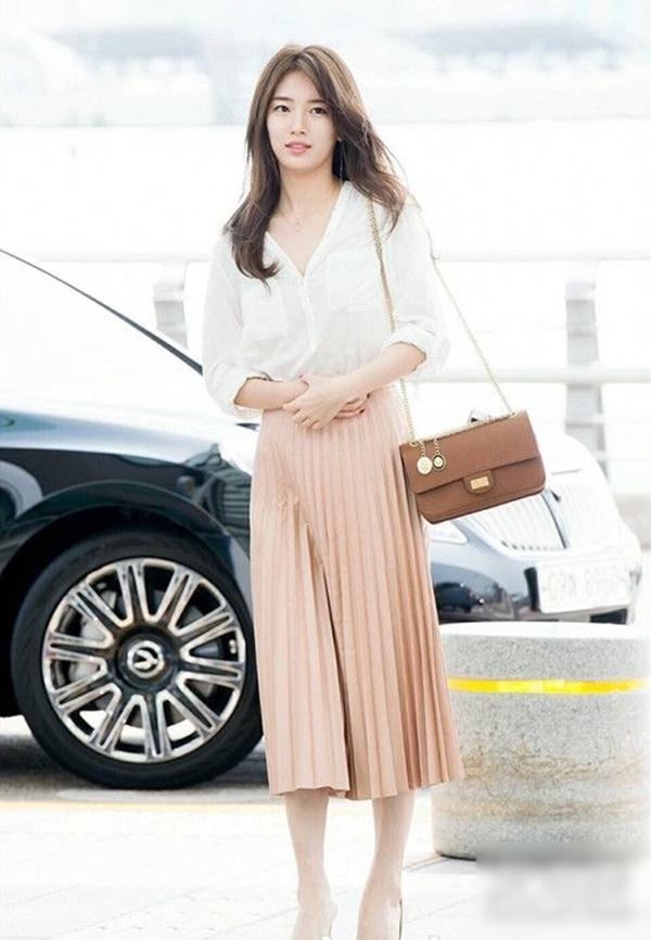 Thời trang nữ: Cách phối đồ với chân váy xếp ly dài Cach-phoi-do-voi-chan-vay-xep-ly-dai-12