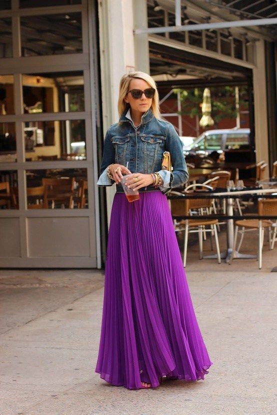 """""""Đẹp – độc – lạ"""" với muôn kiểu chân váy công sở màu tím"""