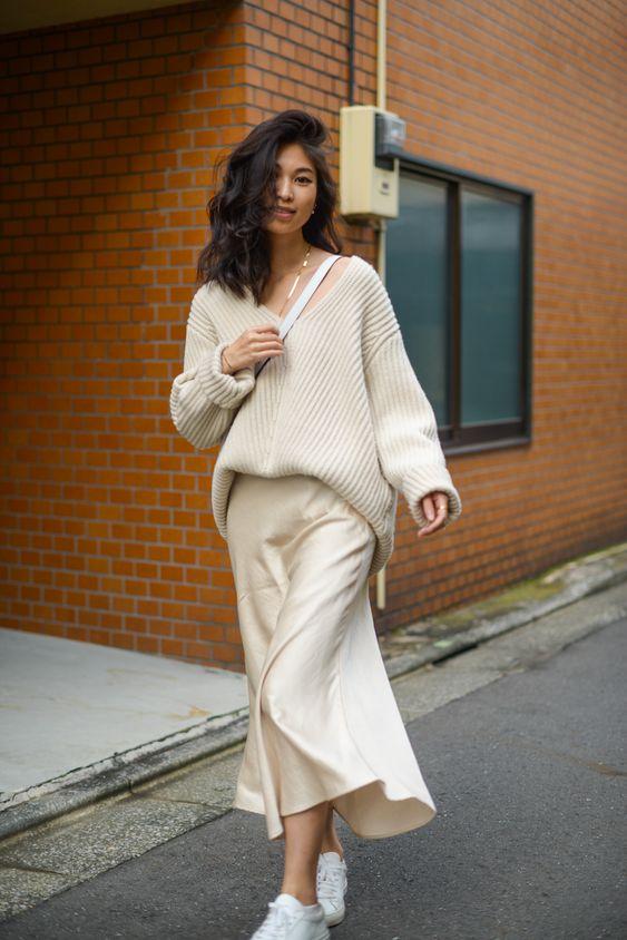 Chân váy mùa đông phôi áo len oversize hay áo hoddie
