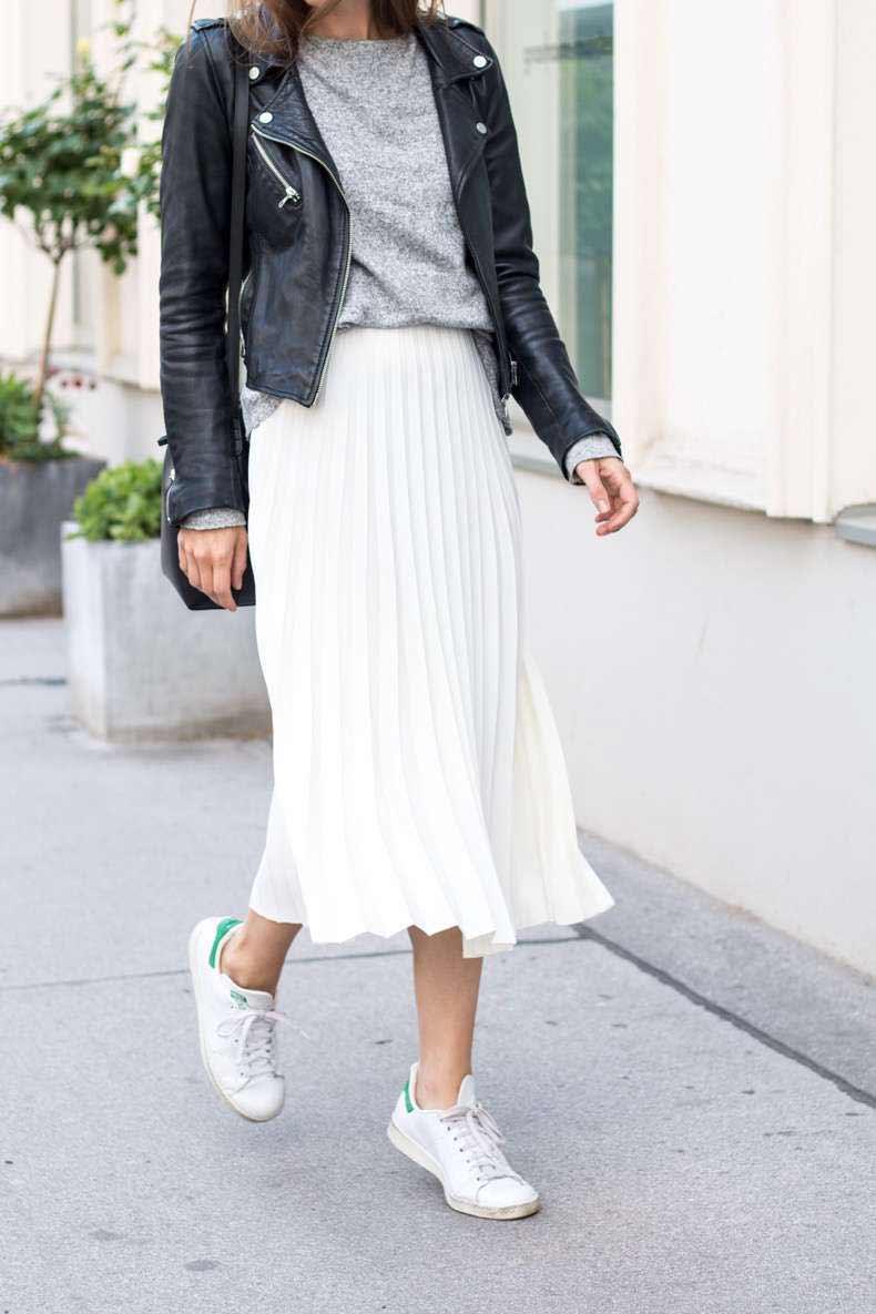 chân váy trắng mặc với áo gì 8