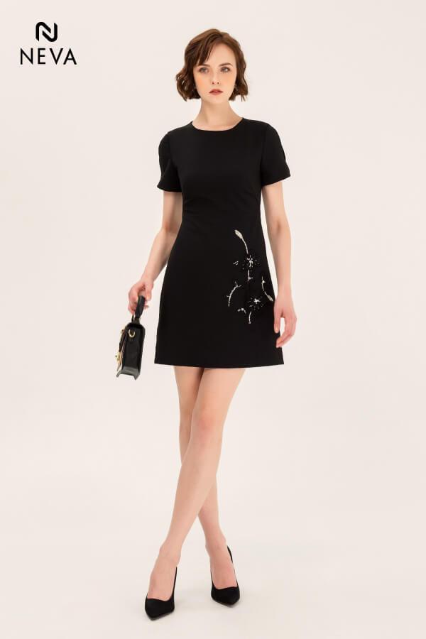 Đầm chữ A màu đen sát nách, Váy đầm chữ A màu đen, đầm chữ A màu đen, váy suông chữ a màu đen, váy suông đen, váy chữ a đẹp 2019, váy chữ A màu đen