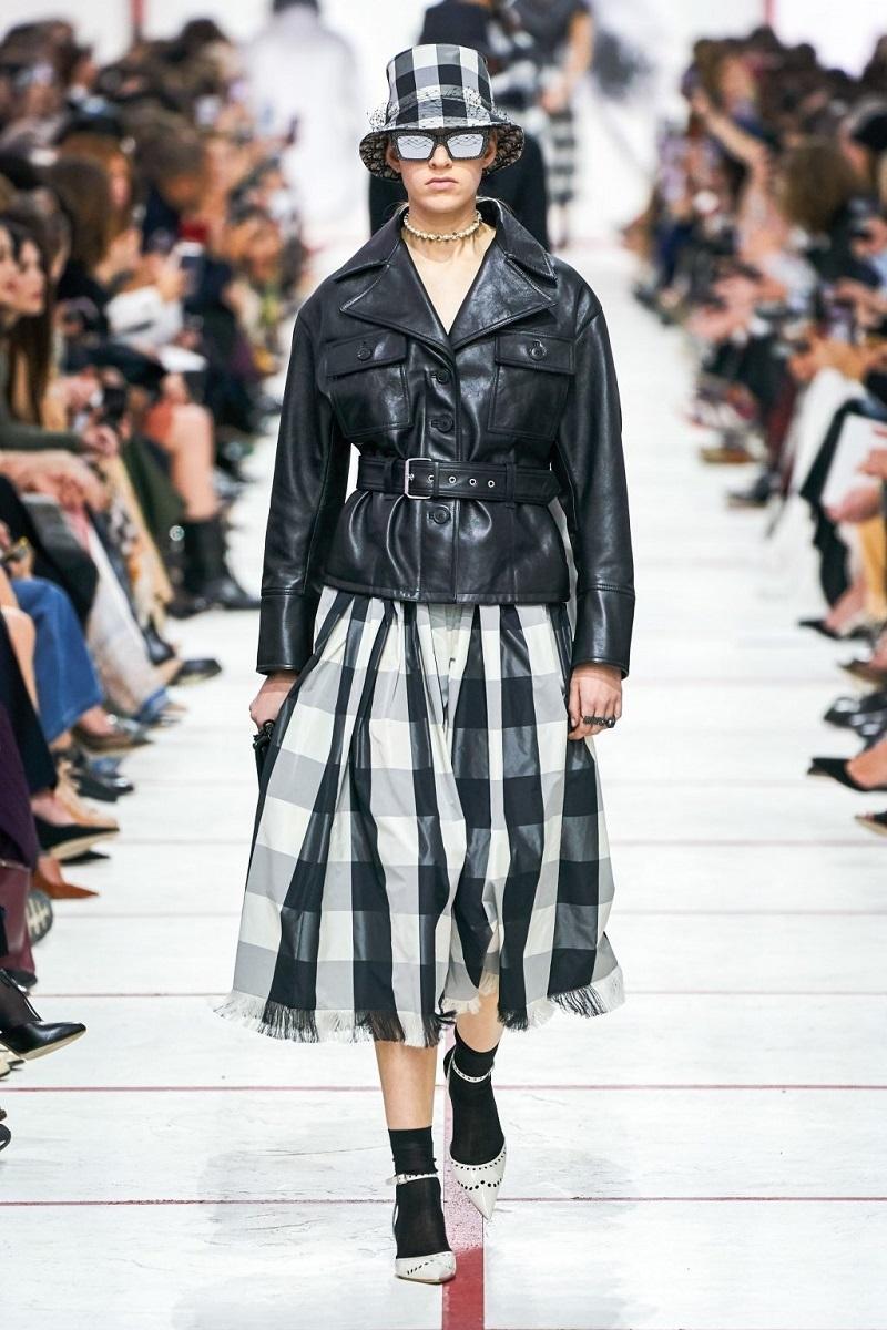 đầm Dior