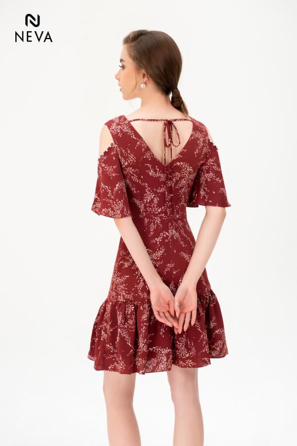 những kiểu đầm hở lưng đẹp,váy hở lưng đi tiệc,váy hở lưng,đầm hở lưng,đầm hở lưng đẹp,đầm hở lưng quyến rũ