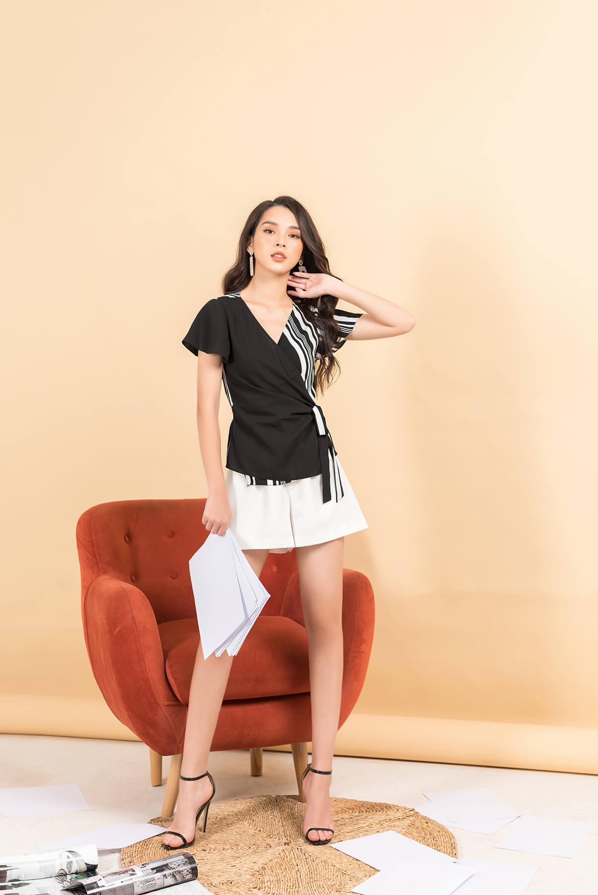 Chiếc áo cổ V được thiết kế tinh tế vừa giúp bạn che đi khuyến điểm vai thô vừa mang lại phong cách lịch sự, sang trọng
