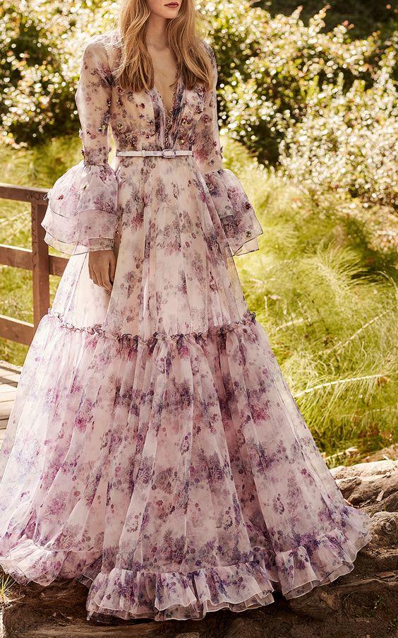 Những chiếc váy đầm dạ hội dài tay đẹp nhất mùa đông