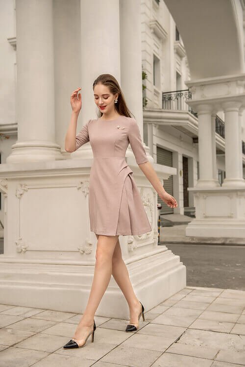 Thanh lịch với thời trang tối giản,thanh lịch với phong cách tối giản,thanh lịch với phong cách đơn giản,thanh lịch với cách phối đồ đơn giản,thanh lịch với cách phối đồ tối giản,thanh lịch với thời trang đơn giản,thanh lịch với thời trang basic,thanh lịch với thời trang tối giản 2019 5