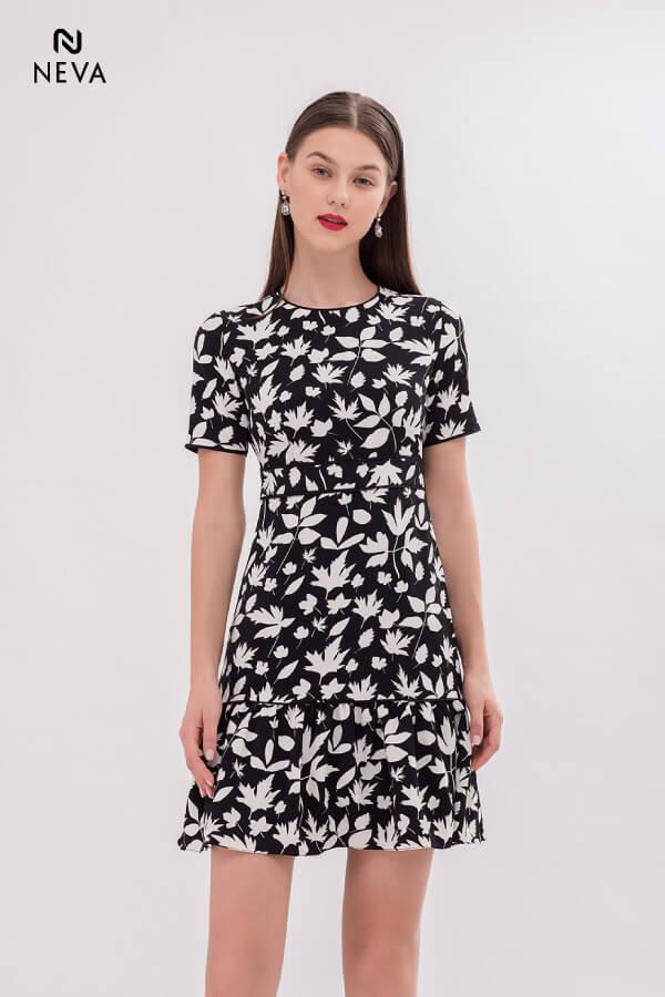 Thời trang nữ: Các kiểu váy liền thân ôm sát để nàng tự tin đọ dáng Vay-lien-than-om-sat1