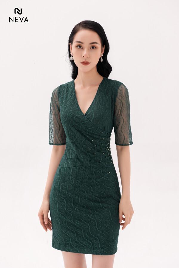 Thời trang nữ: Các kiểu váy liền thân ôm sát để nàng tự tin đọ dáng Vay-lien-than-om-sat6